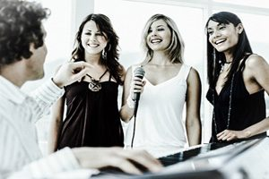 beginners singing lessons London